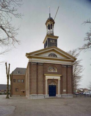 Centraler gelegen Hervormde Kerk van Doornspijk