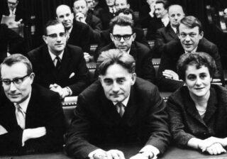 De fractie van D66 voor het  eerst in de Tweede Kamer, februari 1967