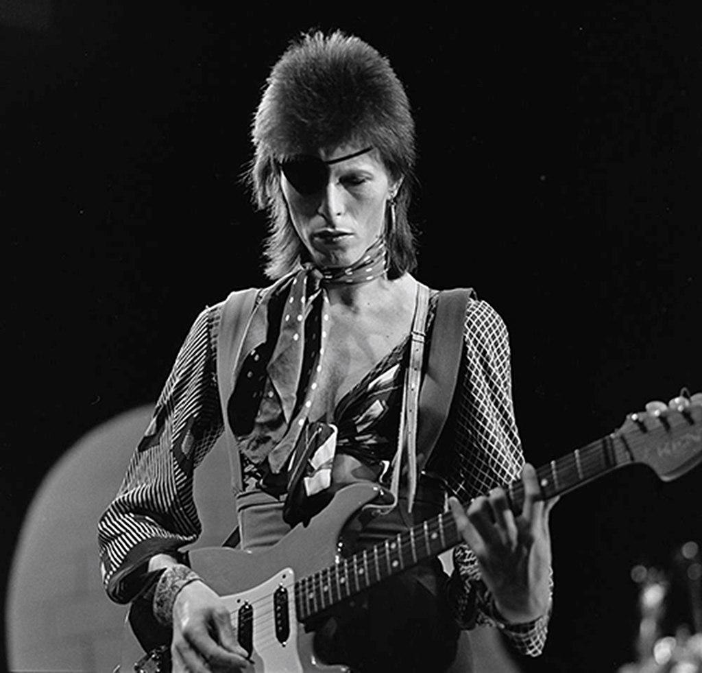 David Bowie in AVRO's TopPop, 1974