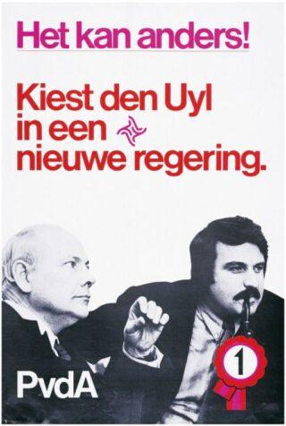 PvdA-verkiezingsposter uit 1972 - Joop den Uyl met Nieuwlinkser André van der Louw