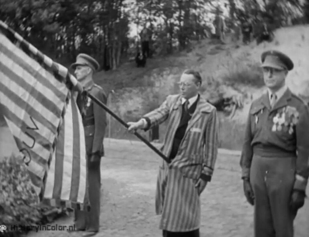 Still uit de Still uit zwart-wit Polygoonfilm, herdenking september 1946