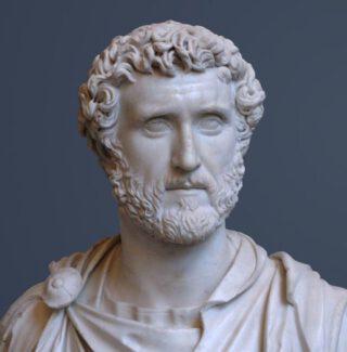 Buste van Antoninus Pius