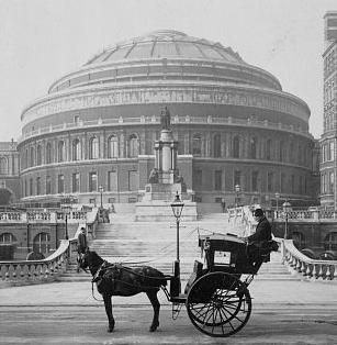 De Royal Albert Hall in 1904