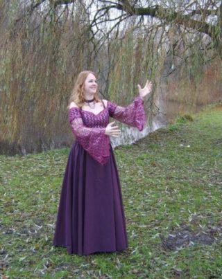 Martine Teunissen in de fantasy-jurk