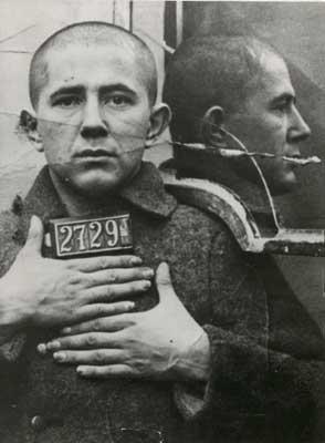 Een jonge Djilas als communist in de gevangenis van het koninkrijk Joegoslavië, 1933