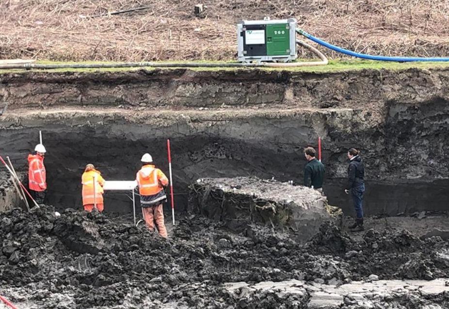 Archeologen op de vindplaats