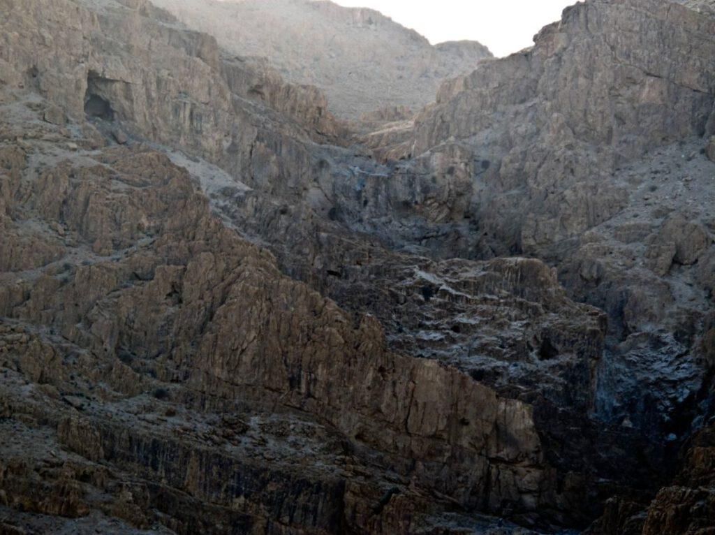 De Qumran-grot waar de Dode Zeerol is gevonden