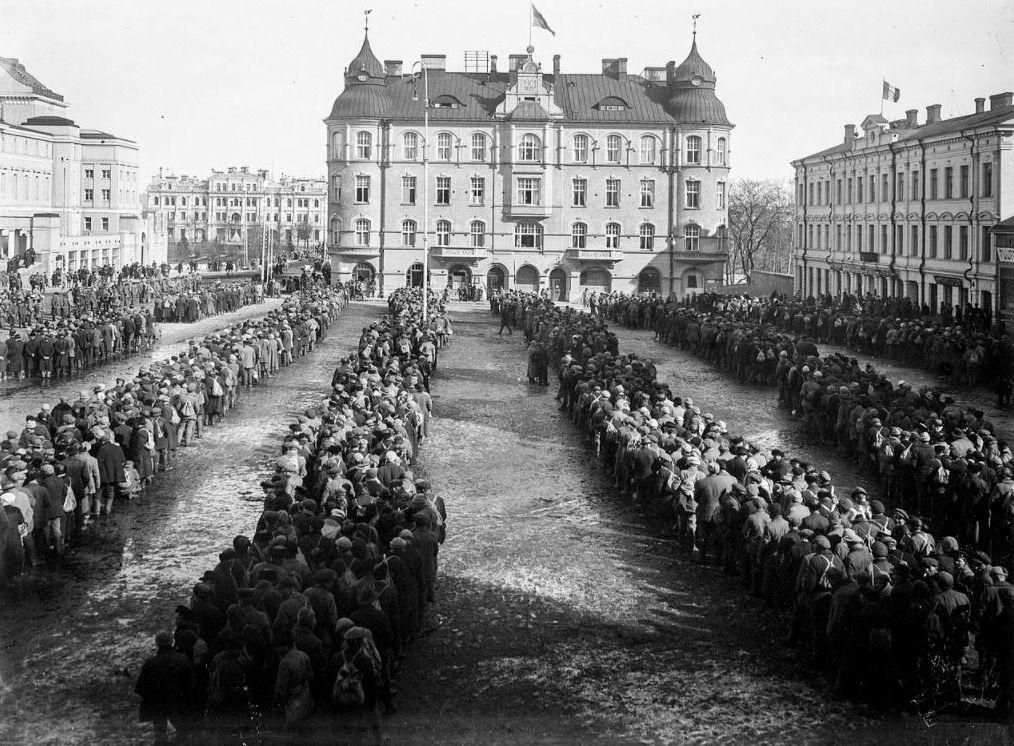Gevangen genomen Rode strijders na de Slag om Tampere, 1918