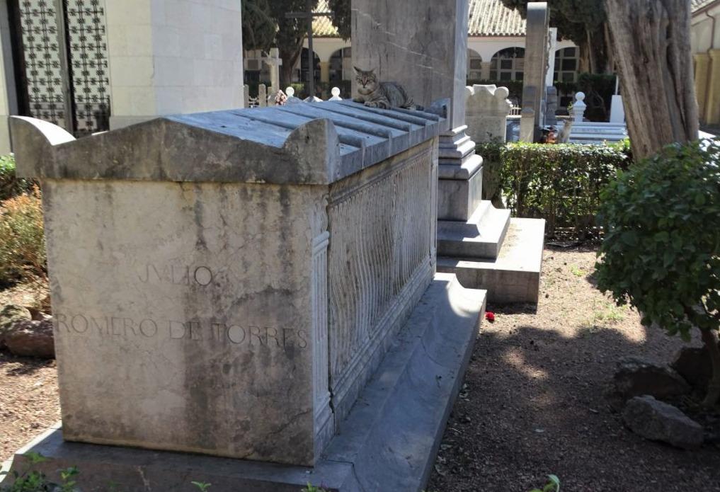 Graf van Julio Romero de Torres op het San Rafael kerkhof