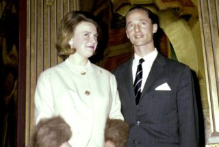 Carel Hugo van Bourbon Parma met prinses Irene in 1964.