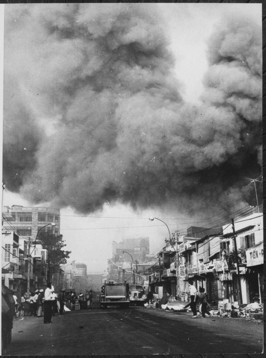 Zwarte wolken boven Saigon ten tijde van het Tet-offensief