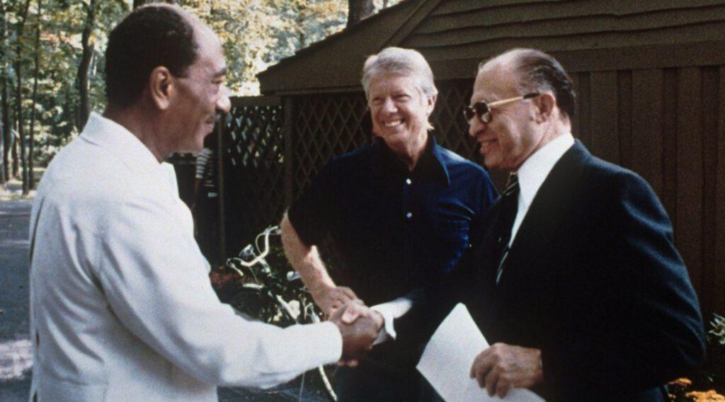De gesprekspartners voor de Camp David-akkoorden -  Anwar Sadat, Jimmy Carter en Menachem Begin, 1978