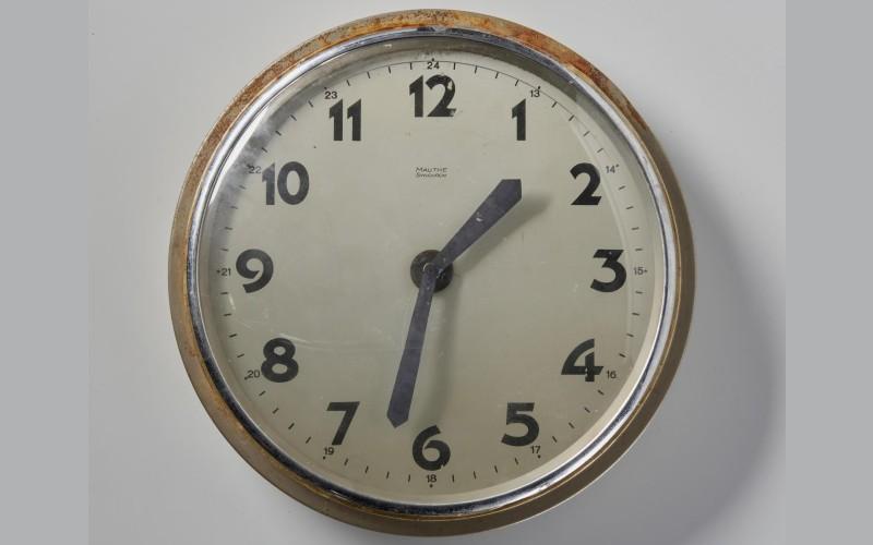 Elektrische klok, Openluchtmuseum - Inv.nr.: N.34588