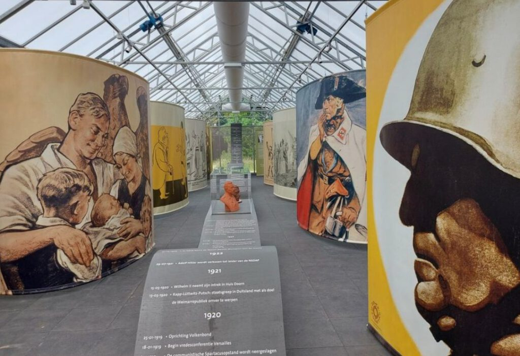 De tentoonstelling 'De keizer en het Derde Rijk' in Huis Doorn