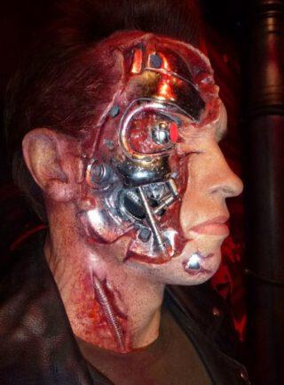 Arnold Schwarzenegger als Terminator bij Madame Tussauds in London