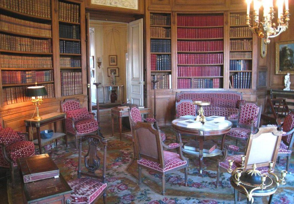 Bibliotheek in het Musée Nissim de Camondo