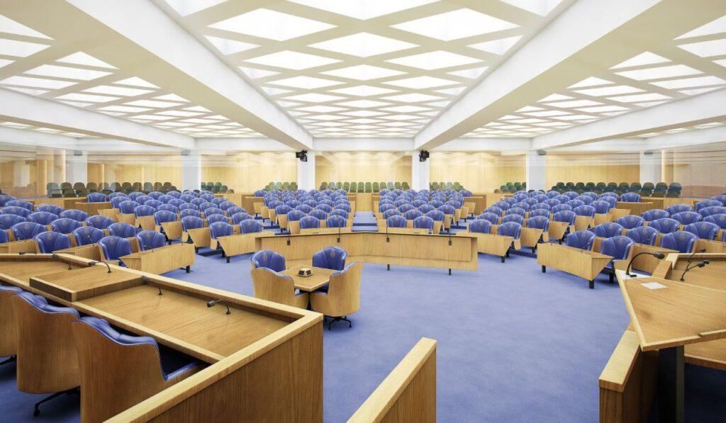 Impressie van de nieuwe tijdelijke vergaderzaal van de Tweede Kamer