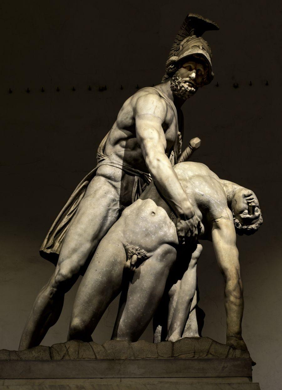 Menelaus die het lichaam van Patrocles draagy óf Ajax met het levenloze lichaam van Achilles