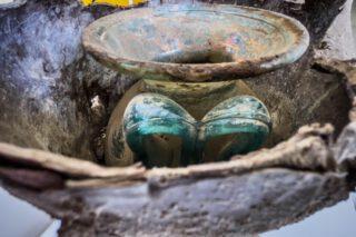 Detail van de in Porta Sarno gevonden urn