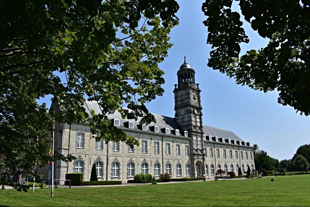 Het Tegelmuseum is gevestigd in de Sint-Bernardusabdij