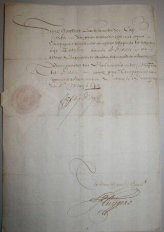 Door Frederik Hendrik en zijn secretaris Constantijn Huygens ondertekende opdracht uit 1646 aan kapitein Cooke om zich met zijn compagnie met vaandel en wapenen uit Zutphen naar Grave te begeven, Archief van het Sint-Catharinagasthuis (1291-1965), BHIC   img 6613