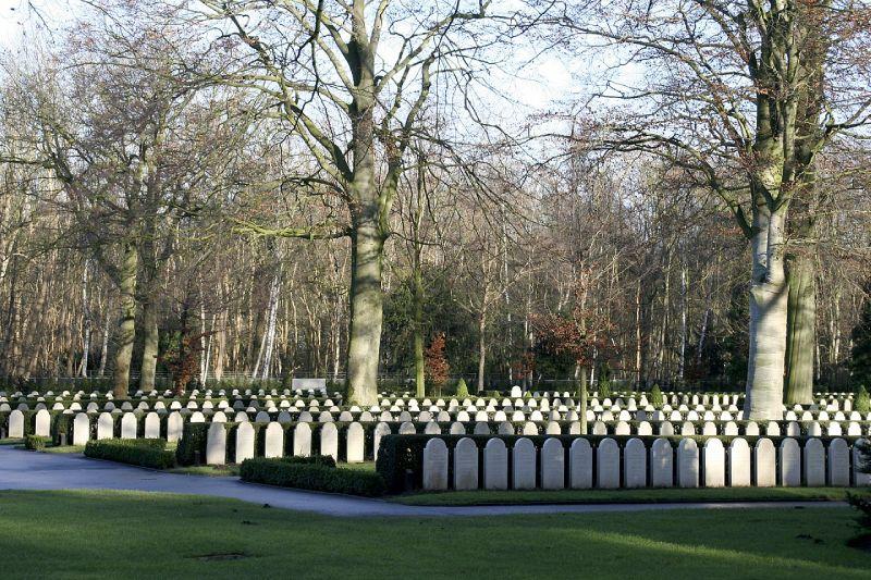 Militaire begraafplaats op de Grebbeberg