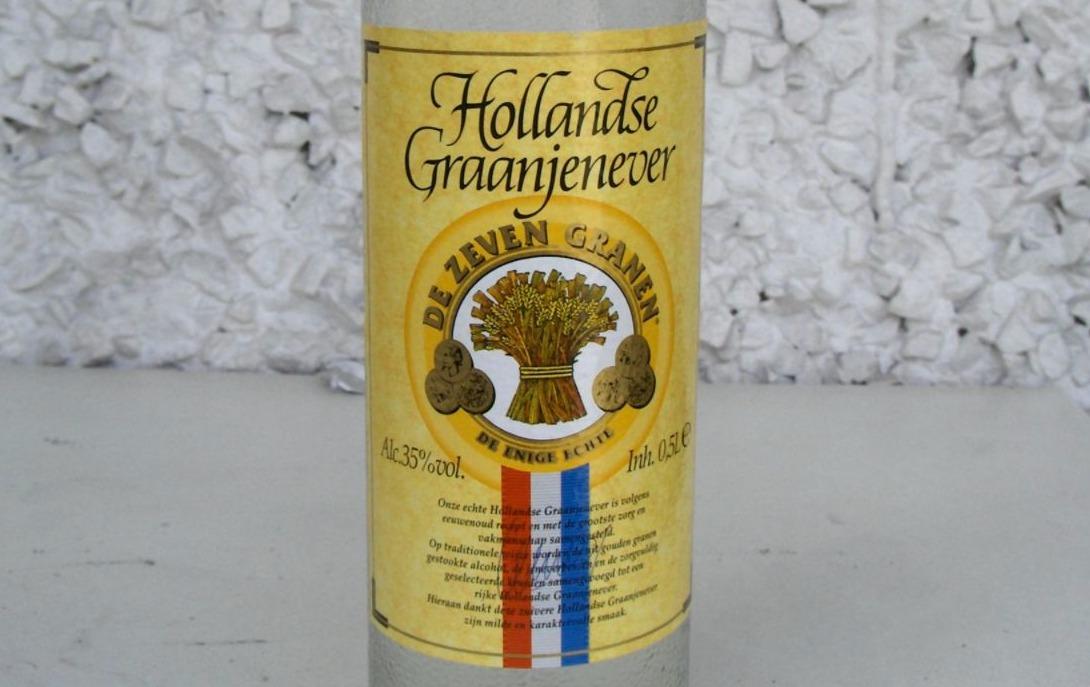 Etiket van een fles Hollandse graanjenever