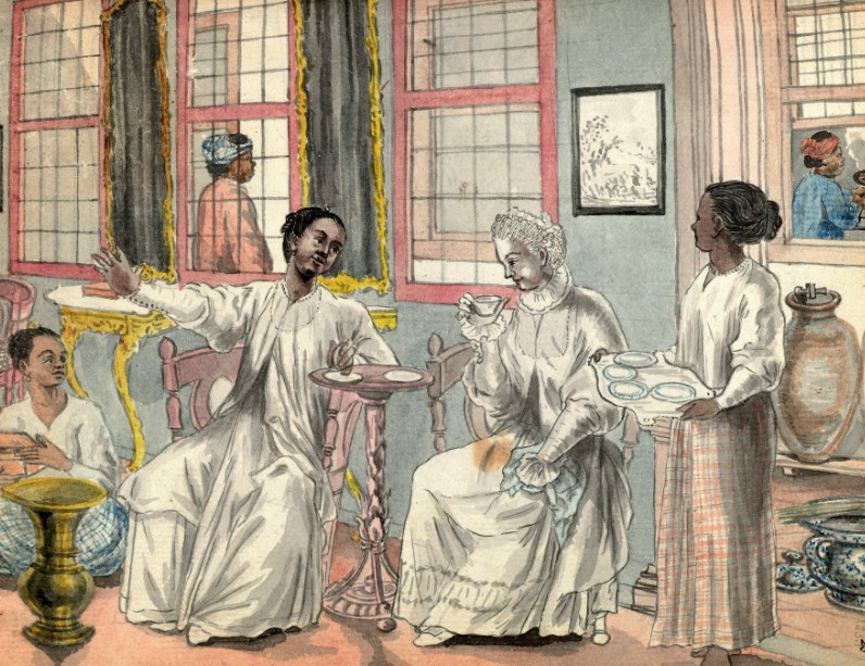 Twee slaafgemaakte vrouwen bedienen een Euraziatische vrouw en een Europese vrouw die op visite is. Uit: De voormoeders