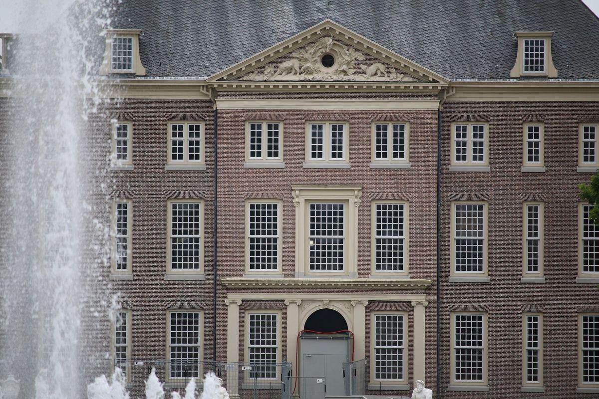 Paleis Het Loo in Apeldoorn, lange tijd het woonpaleis van koningin Wilhelmina